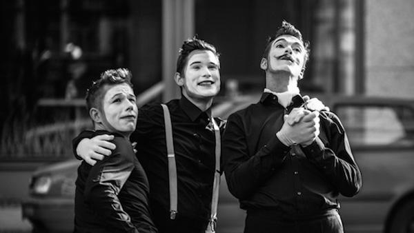 Pantomime-Walkact-Nonverbalists-Berlin-Herz