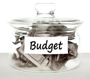 Budget Geld scheine im Glas von Tax Credits