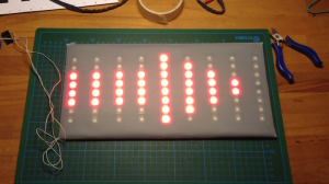 05 Dokumentation Bau grosse Batterie LED Matrix Pfeil