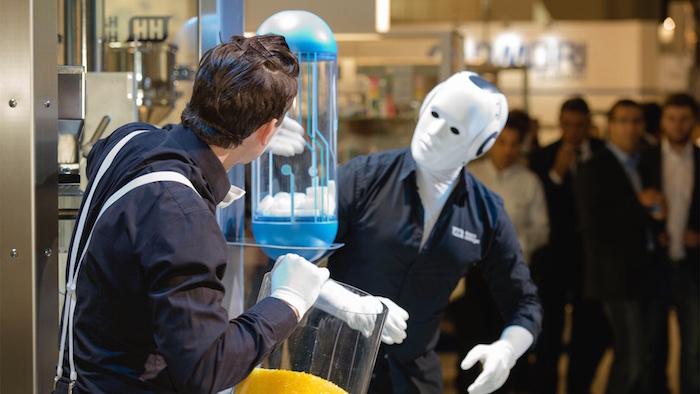 Messeshow Produktshow Achema pantomime roboter 2015 Kapsel