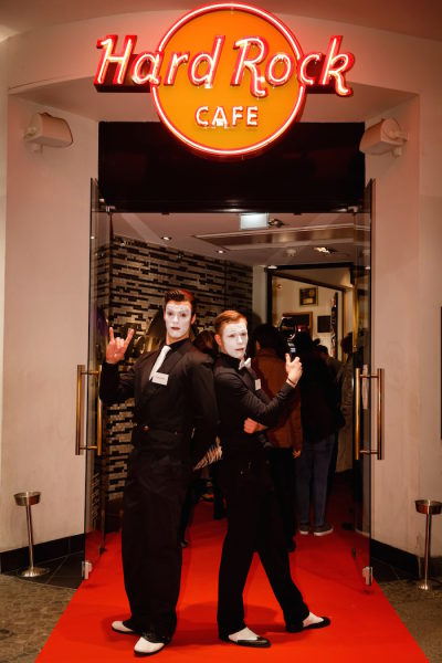 Pantomime Mime Gentleman Hard Rock cafe Berlin ITB Party Eingang