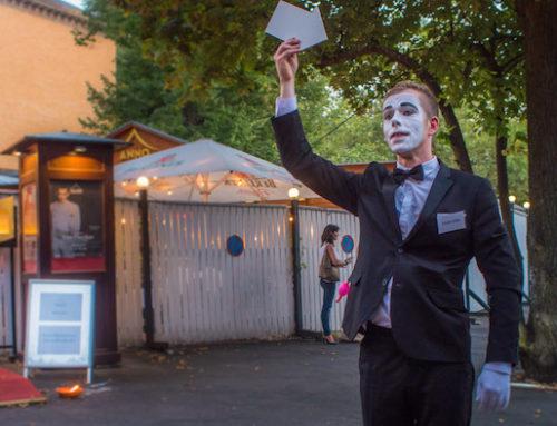 Künstler Idee in Berlin: Pantomime mit mobiler Fotobox auf dem Abendevent nach dem SAP-Immobilienforum (Kongress)