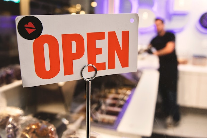 Geschäftseröffnung Eröffnungsveranstaltung open 1